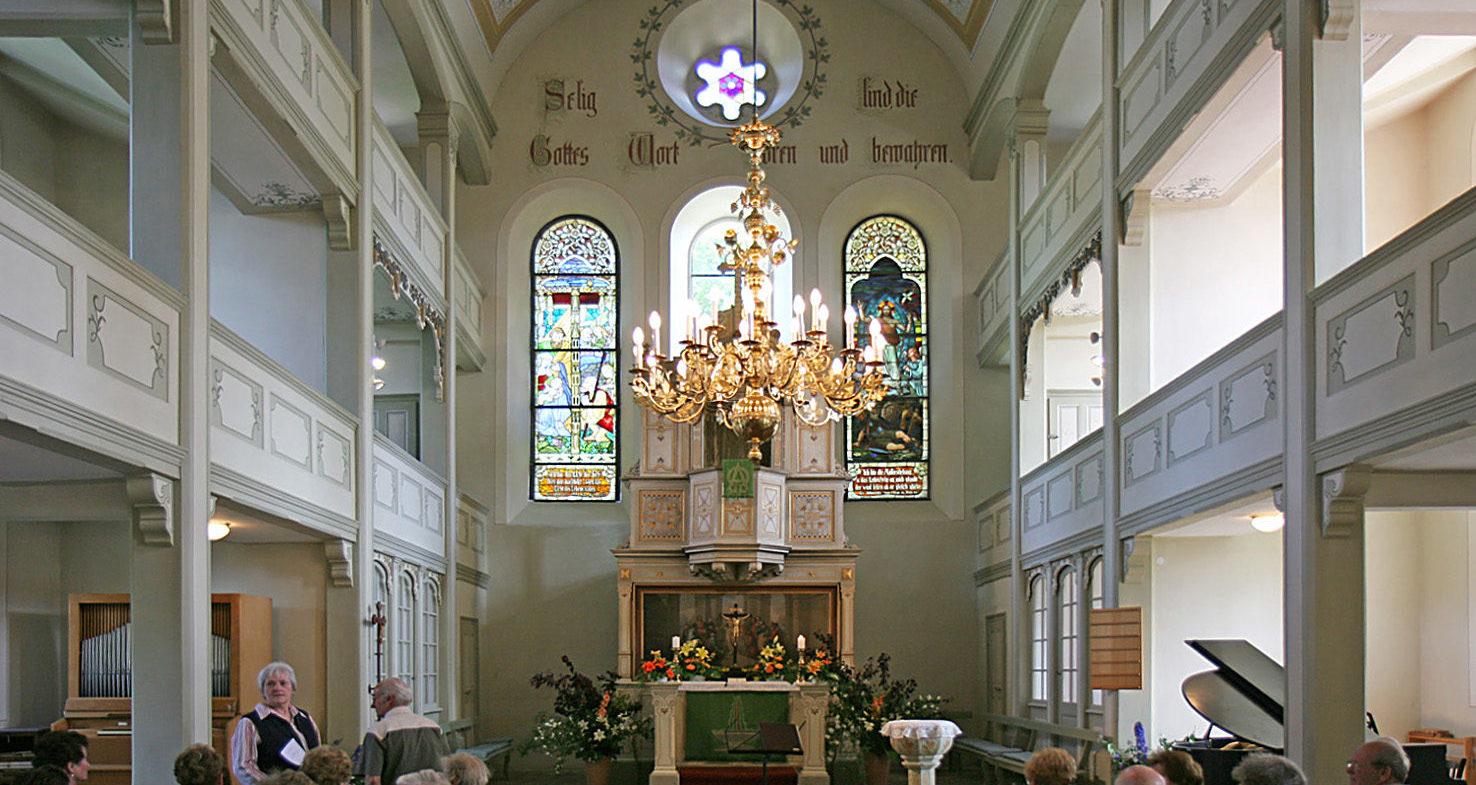 Ev.-Luth. Kirchgemeinde Lomnitz